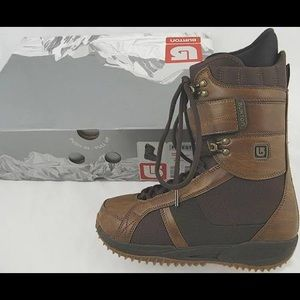 Burton Freestyle snow boots